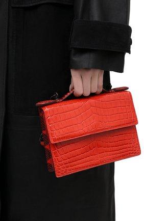Женская сумка из кожи крокодила BOTTEGA VENETA красного цвета, арт. 420466/VI0GP   Фото 2 (Размер: mini; Сумки-технические: Сумки top-handle, Сумки через плечо)