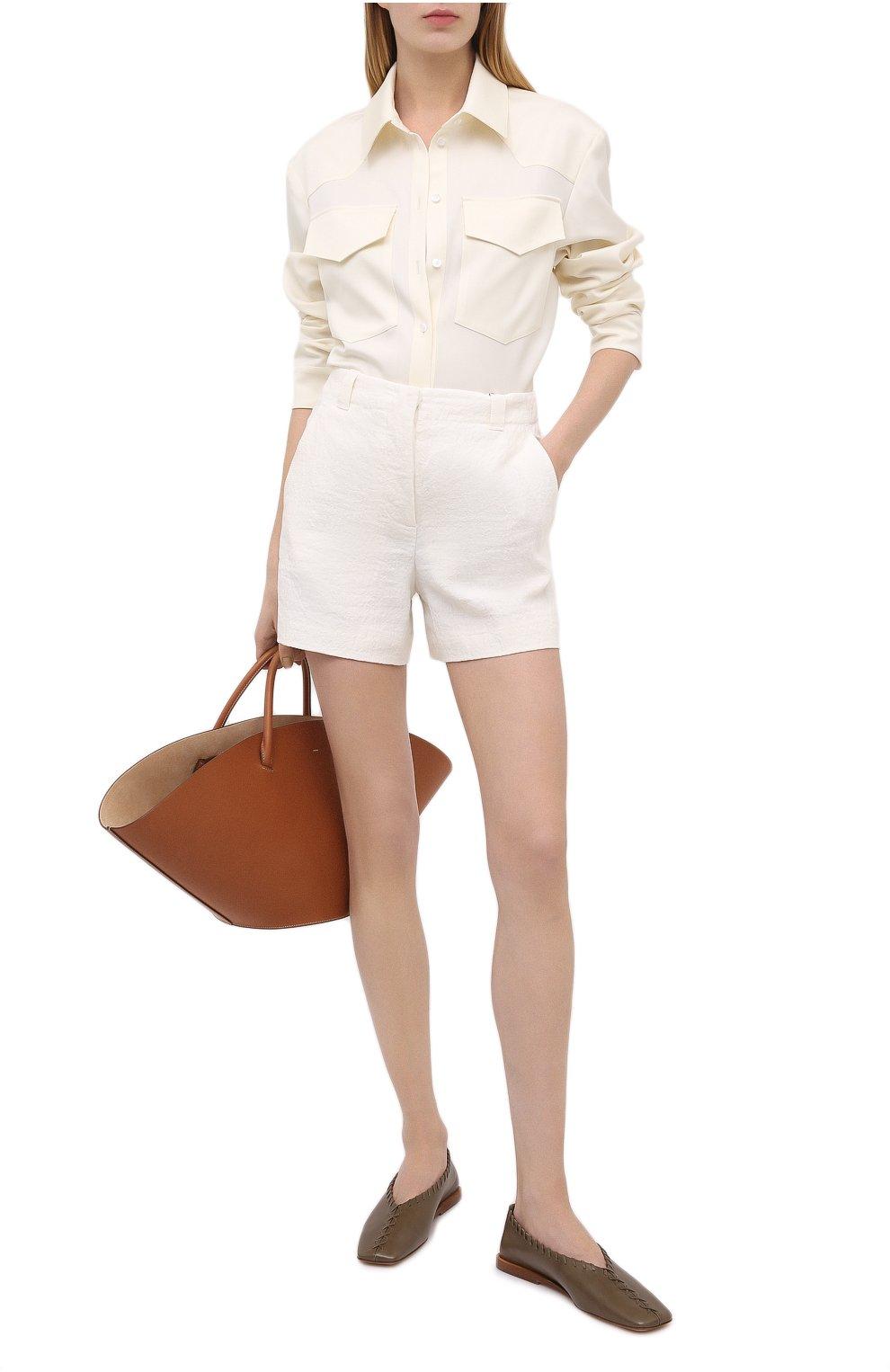 Женские льняные шорты GIORGIO ARMANI белого цвета, арт. 0WHPB00G/T022Q | Фото 2 (Женское Кросс-КТ: Шорты-одежда; Длина Ж (юбки, платья, шорты): Мини; Материал внешний: Лен; Материал подклада: Хлопок; Стили: Кэжуэл)