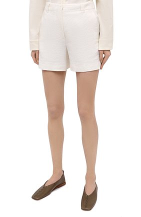 Женские льняные шорты GIORGIO ARMANI белого цвета, арт. 0WHPB00G/T022Q | Фото 3 (Женское Кросс-КТ: Шорты-одежда; Длина Ж (юбки, платья, шорты): Мини; Материал внешний: Лен; Материал подклада: Хлопок; Стили: Кэжуэл)