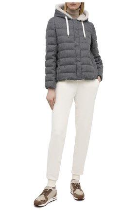 Женская пуховая куртка BRUNELLO CUCINELLI серого цвета, арт. MT2268017 | Фото 2