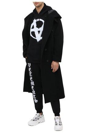Мужской хлопковое худи VETEMENTS черного цвета, арт. UE51TR650B 1601/M | Фото 2