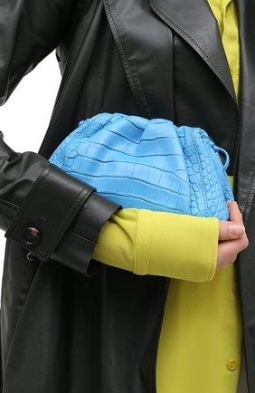 Женский клатч pouch 20 из кожи аллигатора BOTTEGA VENETA синего цвета, арт. 585852/VCPX1/AMIS | Фото 2