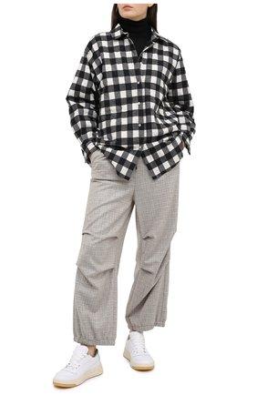 Женские шерстяные брюки GIORGIO ARMANI бежевого цвета, арт. 0WHPP0E1/T01WN | Фото 2