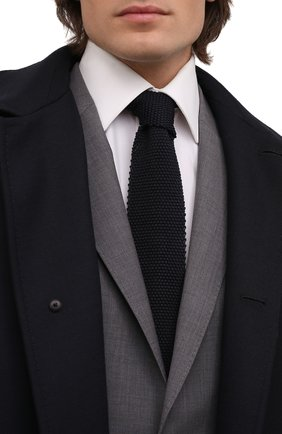 Мужской шелковый галстук BRUNELLO CUCINELLI темно-синего цвета, арт. MQ8780018 | Фото 2