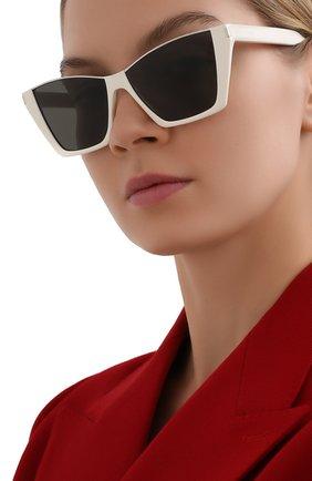 Женские солнцезащитные очки SAINT LAURENT белого цвета, арт. SL 369 KATE | Фото 2