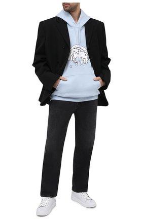 Мужской хлопковое худи VETEMENTS голубого цвета, арт. UE51TR400X 1601/M | Фото 2 (Материал внешний: Хлопок; Длина (для топов): Стандартные; Принт: С принтом; Стили: Гранж; Рукава: Длинные; Мужское Кросс-КТ: Худи-одежда)