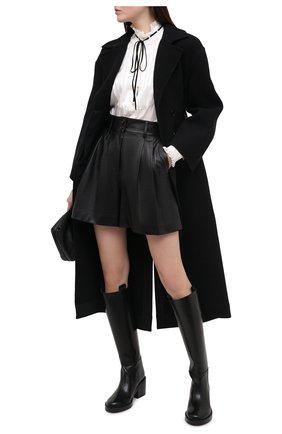 Женские кожаные шорты DOLCE & GABBANA черного цвета, арт. FTBYSL/HULJ7 | Фото 2