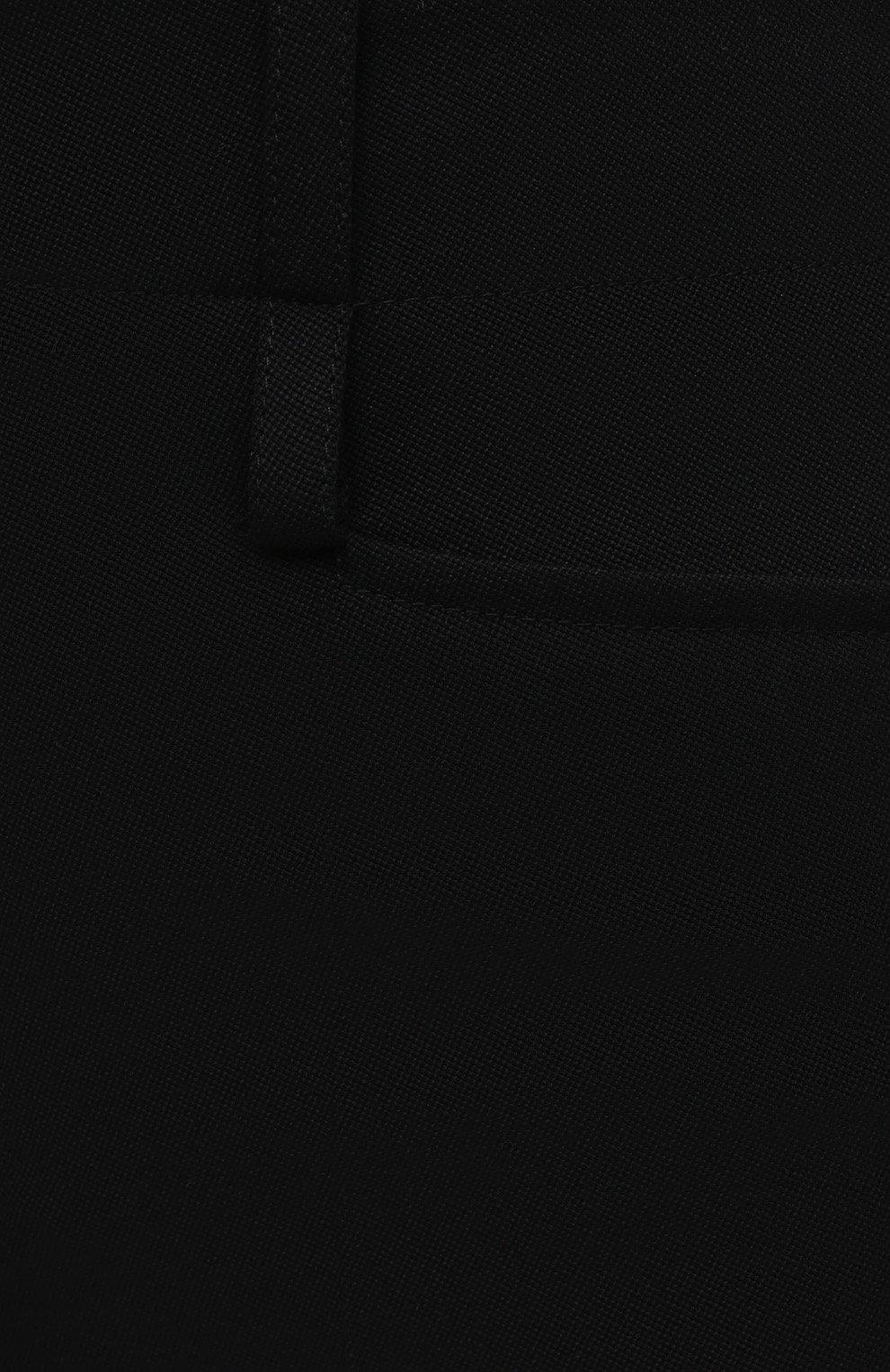 Женские шерстяные шорты CHLOÉ черного цвета, арт. CHC20WSH01066 | Фото 5 (Женское Кросс-КТ: Шорты-одежда; Материал внешний: Шерсть; Кросс-КТ: Широкие; Длина Ж (юбки, платья, шорты): До колена; Стили: Кэжуэл)