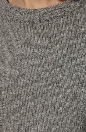 Женский свитер из шерсти и кашемира THE ROW серого цвета, арт. 5582Y184 | Фото 5