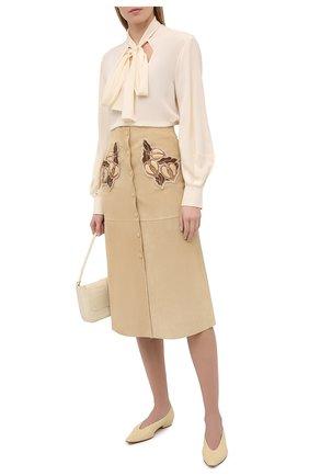Женская кожаная юбка CHLOÉ бежевого цвета, арт. CHC20WCJ01203 | Фото 2
