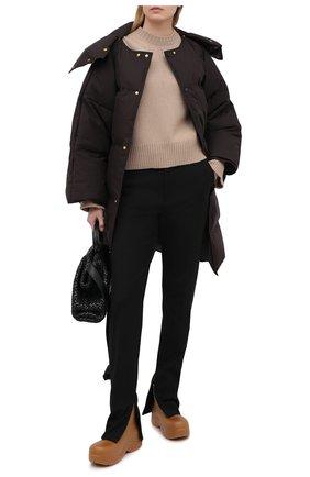 Женский пуховик BOTTEGA VENETA темно-коричневого цвета, арт. 632741/VKH50 | Фото 2