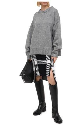 Женский свитер из шерсти и кашемира THE ROW серого цвета, арт. 325Y184   Фото 2