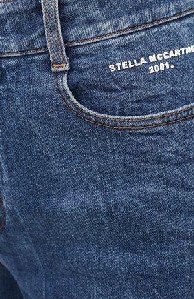 Женские джинсовые шорты STELLA MCCARTNEY синего цвета, арт. 601800/S0H02   Фото 5 (Женское Кросс-КТ: Шорты-одежда; Кросс-КТ: Деним, Широкие; Материал внешний: Хлопок; Длина Ж (юбки, платья, шорты): Миди; Стили: Кэжуэл)