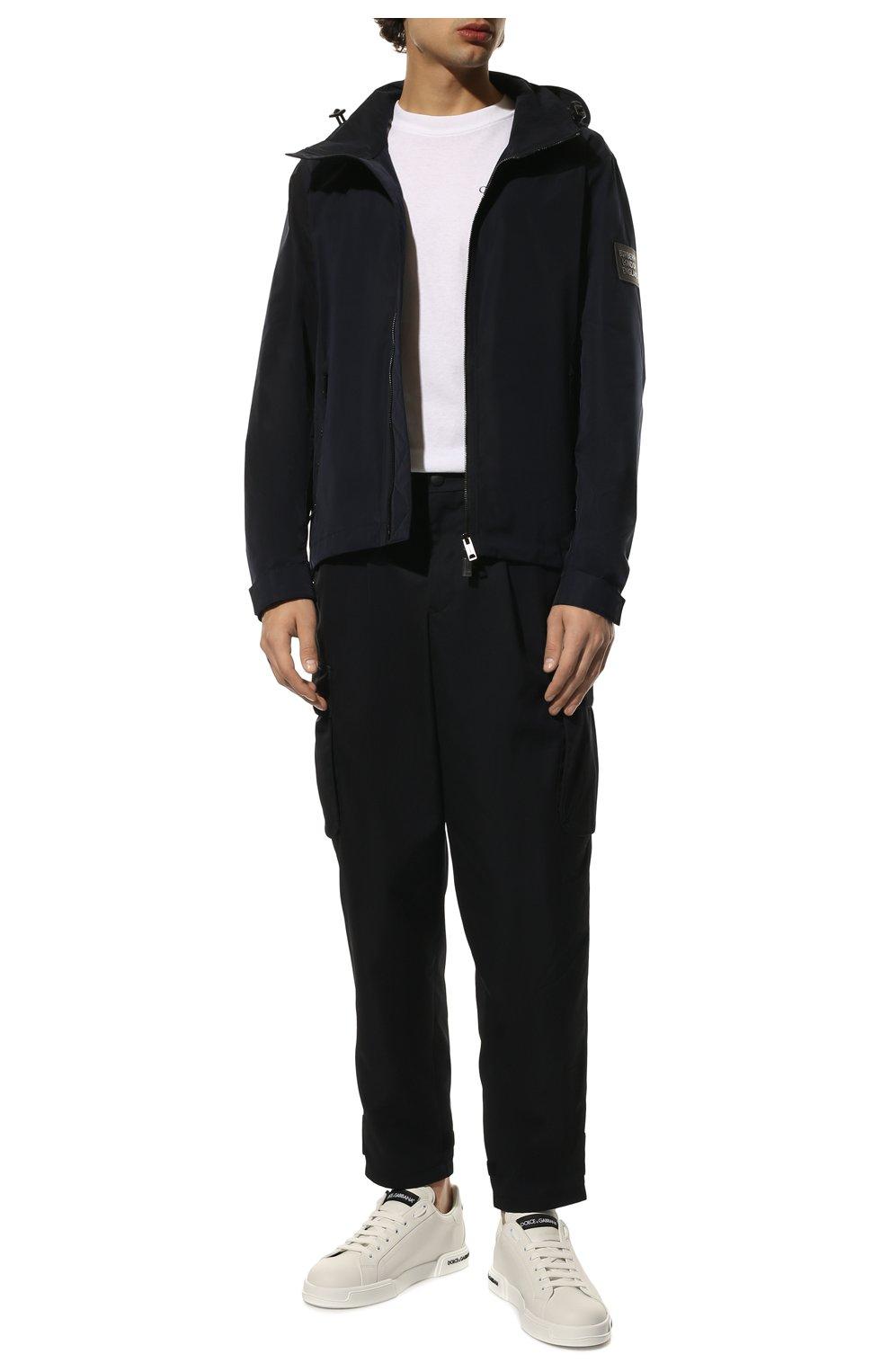Мужская утепленная куртка BURBERRY синего цвета, арт. 8014364 | Фото 2 (Кросс-КТ: Куртка; Рукава: Длинные; Материал внешний: Синтетический материал; Мужское Кросс-КТ: утепленные куртки; Материал подклада: Синтетический материал; Длина (верхняя одежда): Короткие; Стили: Кэжуэл)