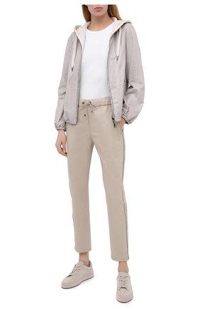 Женские хлопковые брюки BRUNELLO CUCINELLI светло-бежевого цвета, арт. MA130P7083 | Фото 2