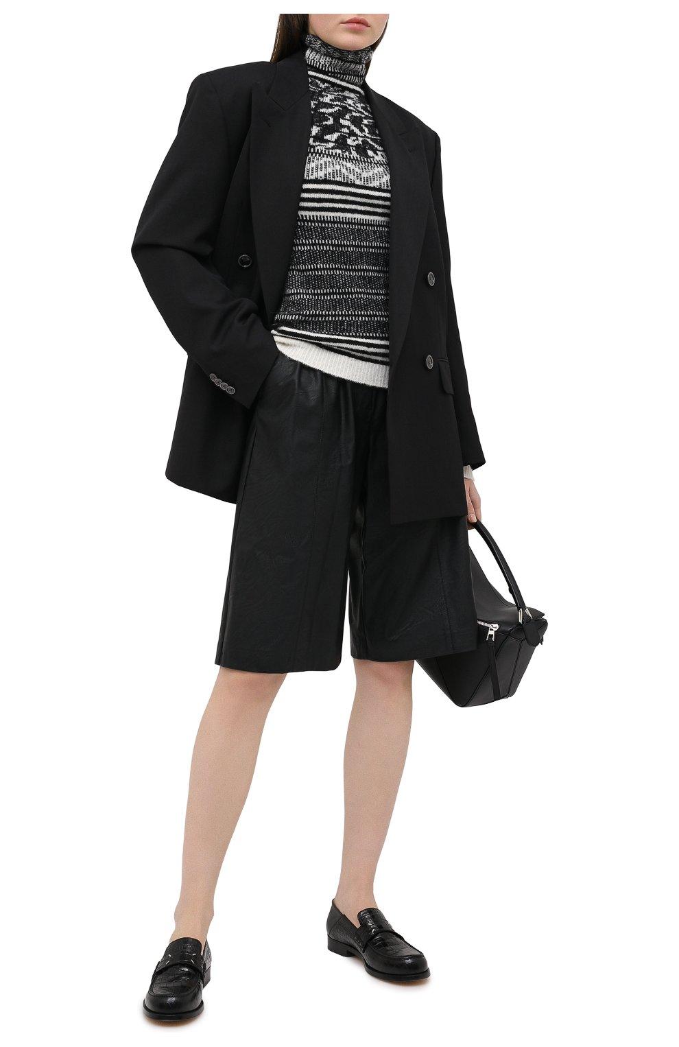 Женские шорты из экокожи NUDE черного цвета, арт. 1103028/SH0RTS | Фото 2 (Женское Кросс-КТ: Шорты-одежда; Материал внешний: Синтетический материал, Вискоза; Кросс-КТ: Широкие, экокожа; Стили: Спорт-шик; Длина Ж (юбки, платья, шорты): До колена)
