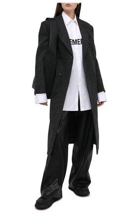 Женская хлопковая рубашка VETEMENTS белого цвета, арт. UE51SH300W 1004/W   Фото 2