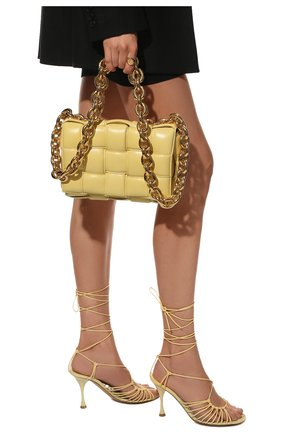 Женская сумка chain cassette BOTTEGA VENETA желтого цвета, арт. 631421/VBWZ0 | Фото 2
