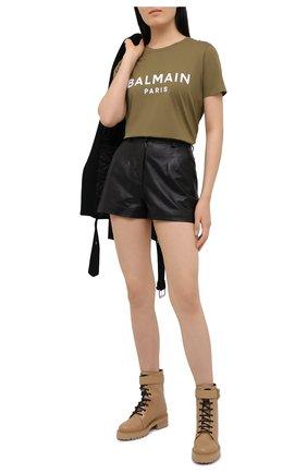 Женская хлопковая футболка BALMAIN хаки цвета, арт. VF11350/B012 | Фото 2
