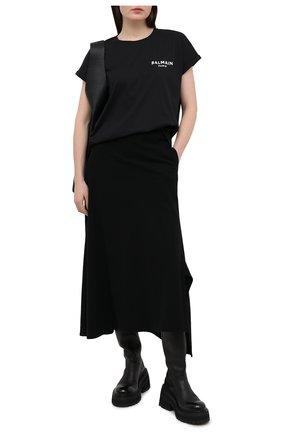 Женская хлопковая футболка BALMAIN черно-белого цвета, арт. VF11351/B013 | Фото 2