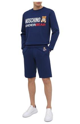 Мужской хлопковый свитшот MOSCHINO темно-синего цвета, арт. A1701/8106 | Фото 2 (Материал внешний: Хлопок; Рукава: Длинные; Длина (для топов): Стандартные; Принт: С принтом; Стили: Гранж; Мужское Кросс-КТ: свитшот-одежда)