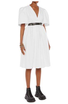 Женское платье ALEXANDER MCQUEEN белого цвета, арт. 650145/QAAAC | Фото 2
