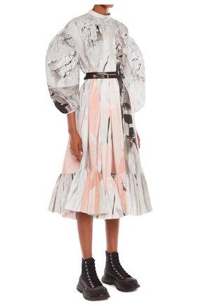 Женское платье ALEXANDER MCQUEEN разноцветного цвета, арт. 651061/QCAB4 | Фото 2