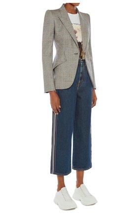 Женские джинсы ALEXANDER MCQUEEN синего цвета, арт. 650674/QMABB | Фото 2