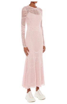 Женское платье ALEXANDER MCQUEEN розового цвета, арт. 650280/Q1ASF | Фото 2