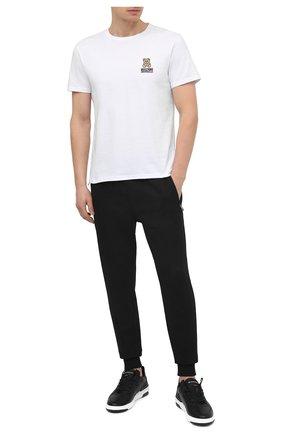 Мужская хлопковая футболка MOSCHINO белого цвета, арт. A1905/8119 | Фото 2