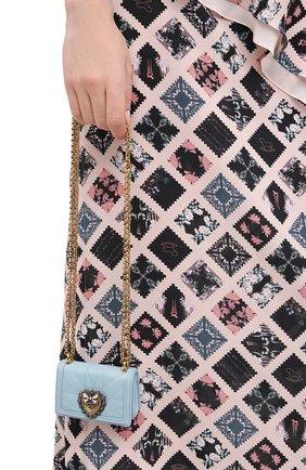 Женская сумка devotion mini DOLCE & GABBANA голубого цвета, арт. BI1399/AJ114   Фото 2 (Материал: Натуральная кожа; Размер: mini; Сумки-технические: Сумки через плечо; Ремень/цепочка: На ремешке; Женское Кросс-КТ: Вечерняя сумка)