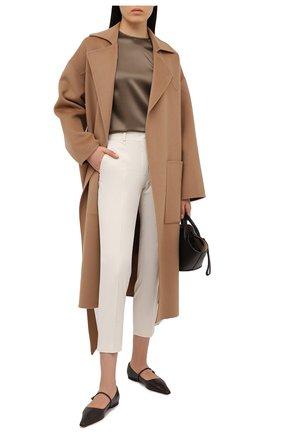 Женские хлопковые брюки LORO PIANA кремвого цвета, арт. FAL0763 | Фото 2