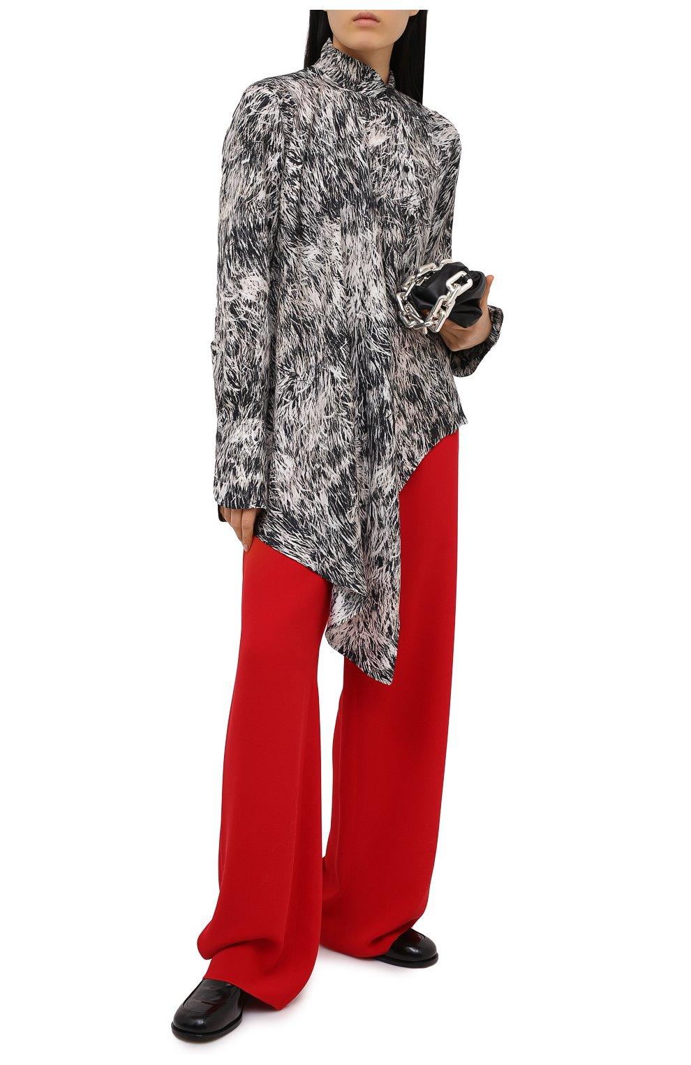 Женские шелковые брюки VALENTINO красного цвета, арт. VB3RB4551MM | Фото 2