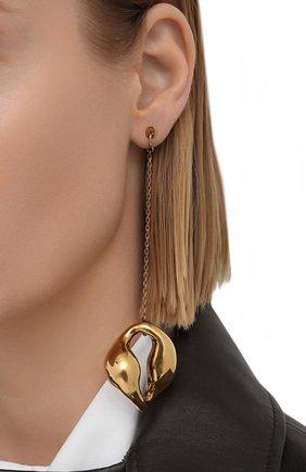 Женские серьги CHLOÉ золотого цвета, арт. CHC20WFE92CP8 | Фото 2 (Материал: Металл)