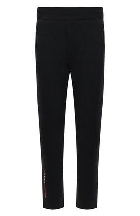 Мужские брюки PRADA черного цвета, арт. SJP305-LJ4-F0002-202 | Фото 1 (Материал внешний: Синтетический материал; Стили: Минимализм; Случай: Повседневный)