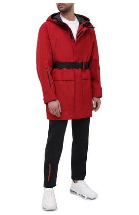 Мужской плащ PRADA красного цвета, арт. SGX579-1XV1-F0011-202 | Фото 2