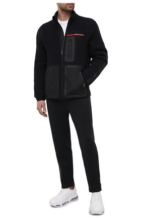 Мужская куртка PRADA черного цвета, арт. SGB659-1YDO-F0002-202   Фото 2