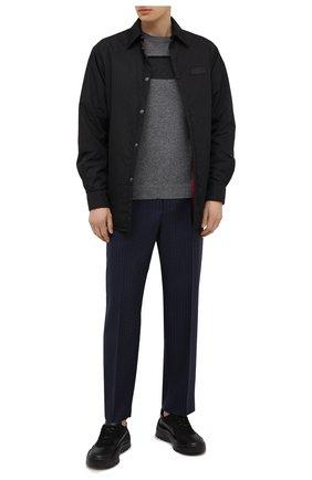 Мужской свитер из шерсти и кашемира VALENTINO серого цвета, арт. VV3KC13L74B | Фото 2 (Материал внешний: Шерсть, Кашемир; Длина (для топов): Стандартные; Стили: Кэжуэл; Мужское Кросс-КТ: Свитер-одежда; Принт: С принтом; Рукава: Длинные)