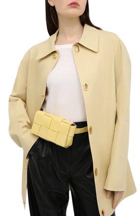 Женская поясная сумка cassette BOTTEGA VENETA желтого цвета, арт. 639367/VMAY1 | Фото 2