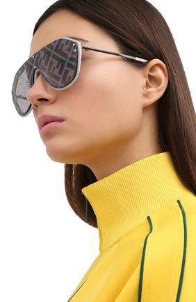 Женские солнцезащитные очки FENDI серого цвета, арт. M0039/G 7HH   Фото 2
