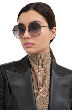 Женские солнцезащитные очки ALEXANDER MCQUEEN черного цвета, арт. AM0275S 001 | Фото 2