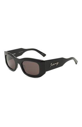 Женские солнцезащитные очки BALENCIAGA черного цвета, арт. BB0121S 001 | Фото 1