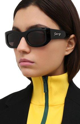 Женские солнцезащитные очки BALENCIAGA черного цвета, арт. BB0121S 001 | Фото 2
