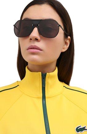 Женские солнцезащитные очки BOTTEGA VENETA черного цвета, арт. BV1068S 001 | Фото 2
