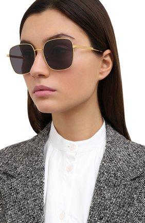 Женские солнцезащитные очки BOTTEGA VENETA черного цвета, арт. BV1082SK 001 | Фото 2
