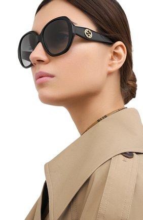 Женские солнцезащитные очки GUCCI черного цвета, арт. GG0796S 001 | Фото 2