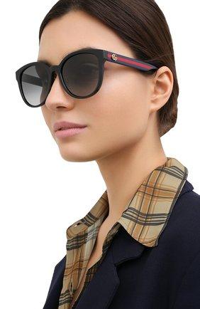 Женские солнцезащитные очки GUCCI черного цвета, арт. GG0854SK 002 | Фото 2