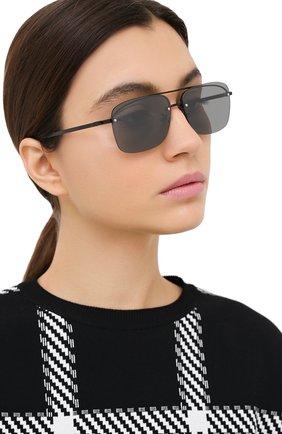 Женские солнцезащитные очки SAINT LAURENT серого цвета, арт. SL 417 002 | Фото 2 (Тип очков: С/з; Оптика Гендер: оптика-унисекс; Очки форма: Прямоугольные)