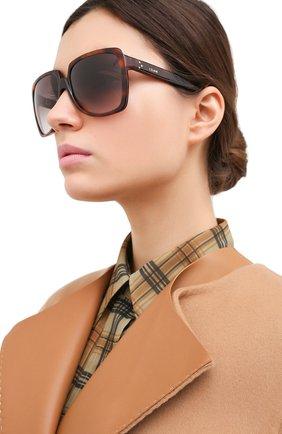 Женские солнцезащитные очки CELINE EYEWEAR коричневого цвета, арт. CL40146I 53K | Фото 2