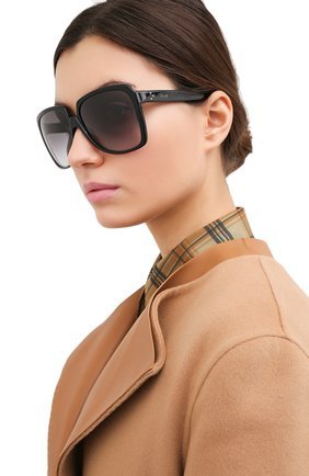Женские солнцезащитные очки CELINE EYEWEAR черного цвета, арт. CL40146I 01B | Фото 2